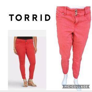 Torrid stretch cropped jeans 16R